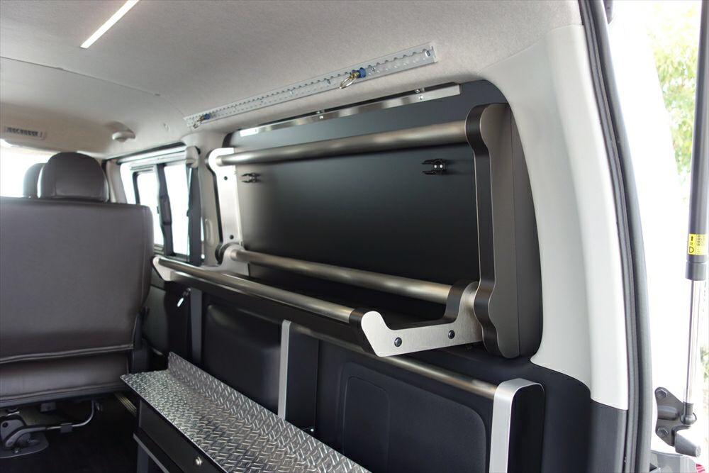 ハイエース用スイングトレー 格納できる収納棚