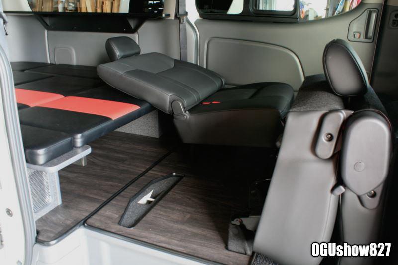 日産NV350キャラバン プレミアムGX オーダーベッド製作中