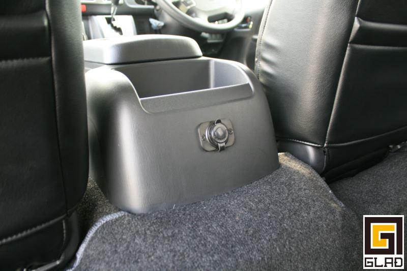 ハイエース 片面2段ベッド GLADステップベッド ベッドソファカーゴとモード展開できる可動式ベッド 12Vソケット増設