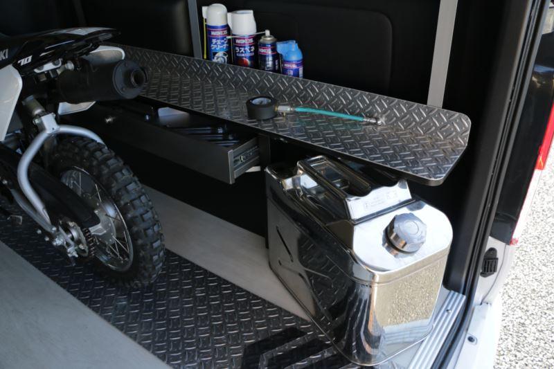 ハイエースバイクトランポにおすすめ GLADモトボックス