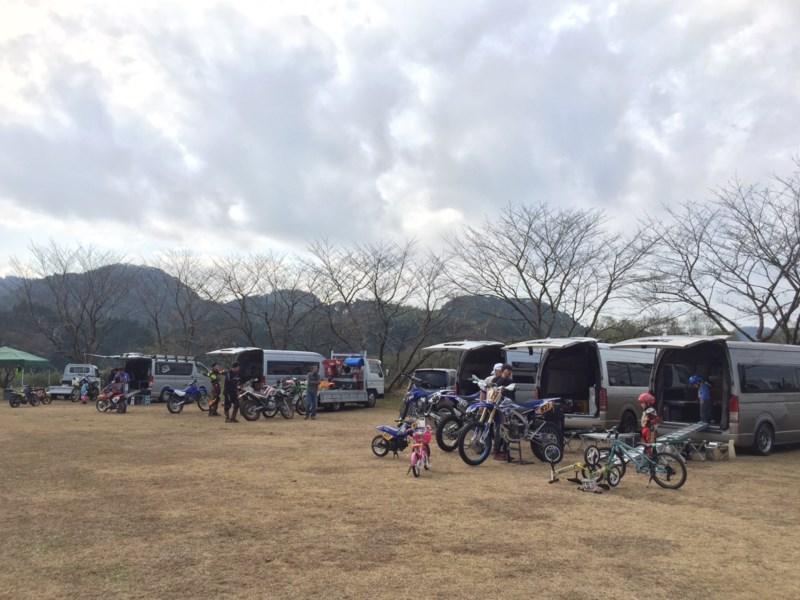 ハイエース特装車にバイクを積んで鹿児島へ 初走りに行ってきました。