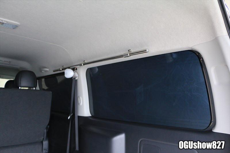 ハイエースS-GLワイドボティ 釣り仕様トランポ 床にスライドレール埋め込み 収納ボックス シャワー設置 サイドマルチパイプラック