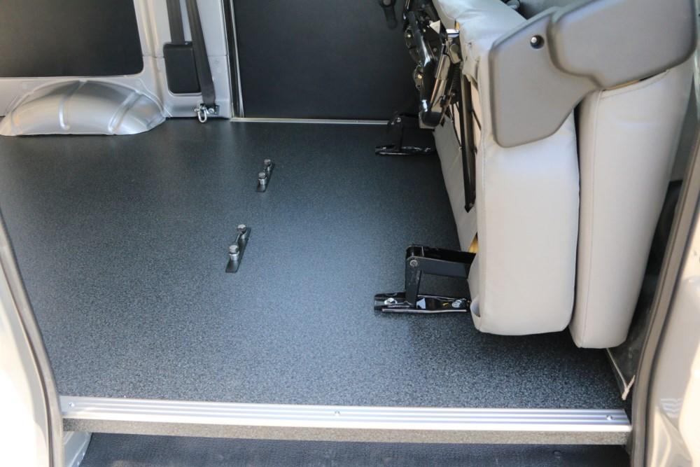 ライトエース オフロードバイクトランポ 床貼り加工