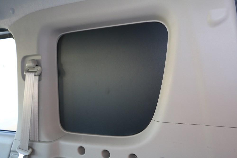 エブリィ窓埋めパネル黒