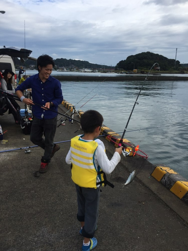 ハイエースで海辺で車中泊 天草へ釣りにいってきました!九州熊本のトランポ専門店オグショー827