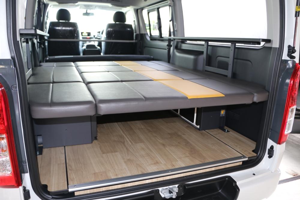 ハイエースフロアパネル床貼りベッドキット