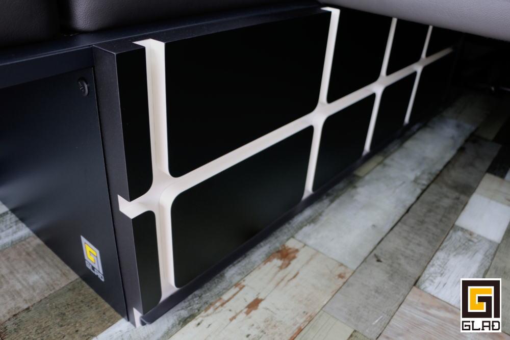 NV350キャラバンベッドキット
