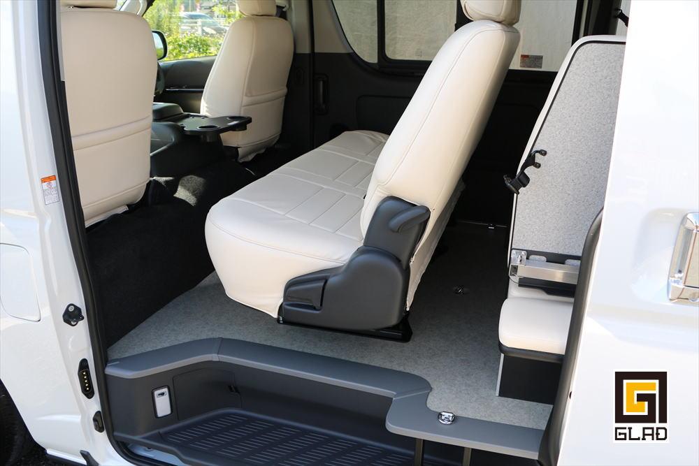 ハイエースS-GL 片面2段ベッド GLADステップベッド搭載 バイク ワンコ 車中泊 シートレール