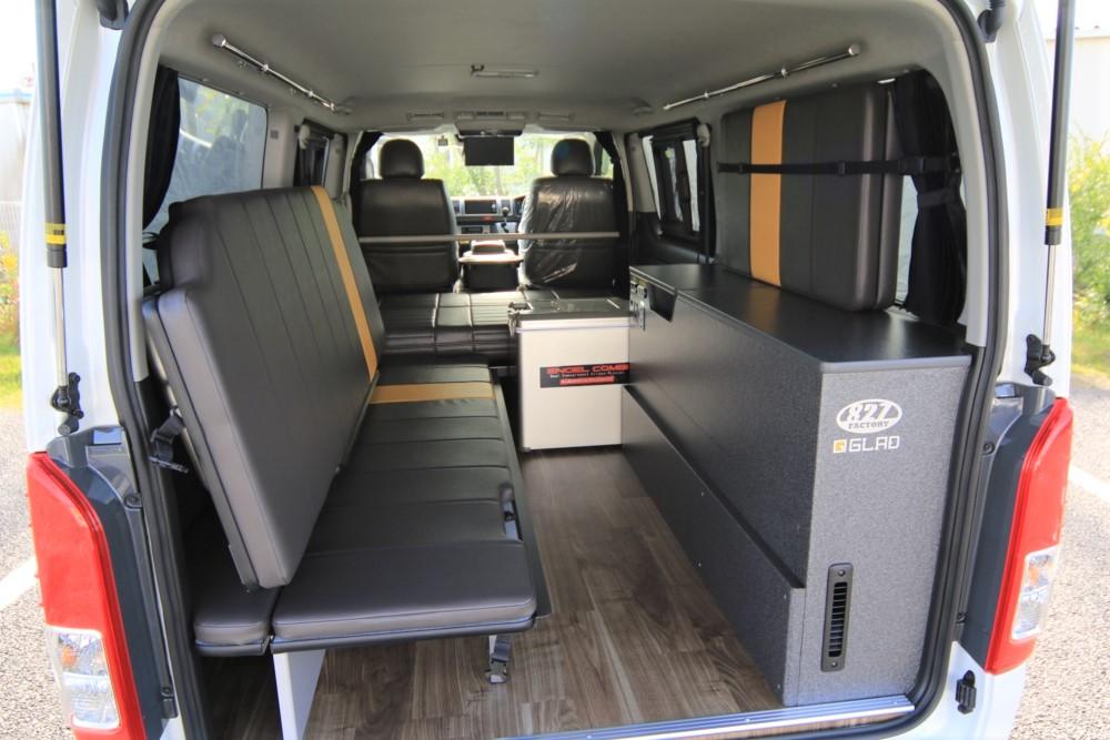 ハイエース 2段ベッドステップベッド搭載ワンコと車中泊の旅仕様