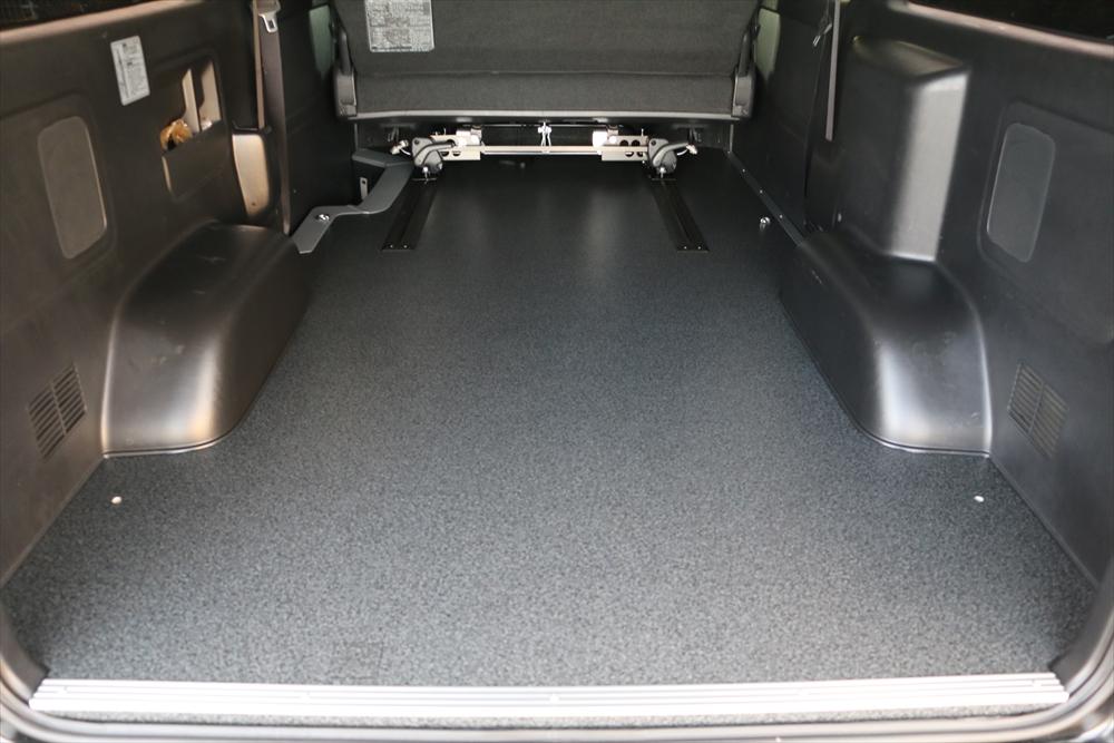 ハイエース床貼り加工スライドレール