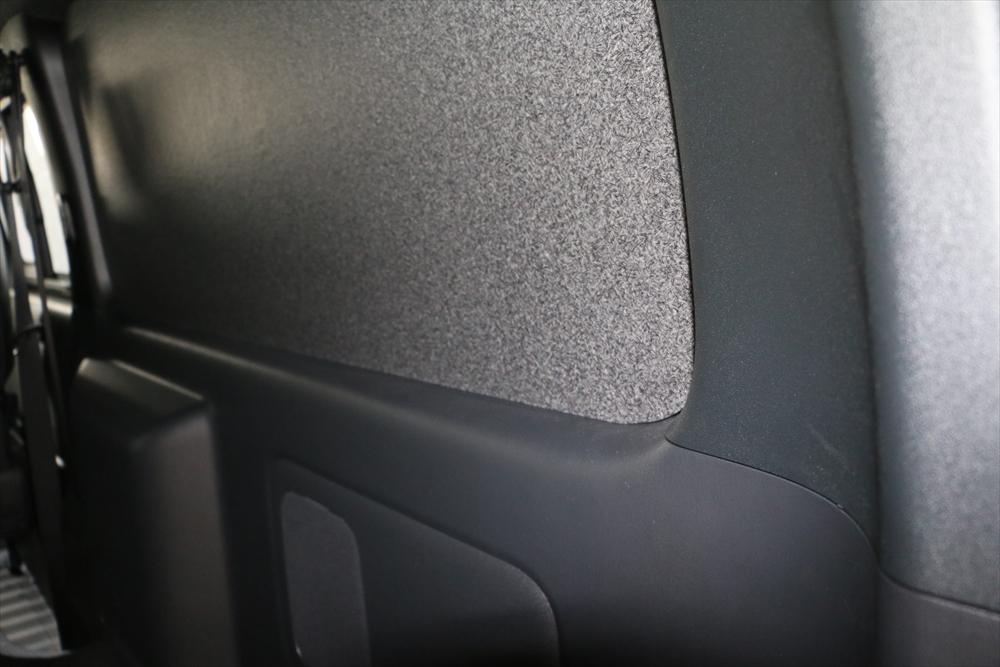 ハイエース窓埋めイージーウィンドパネル