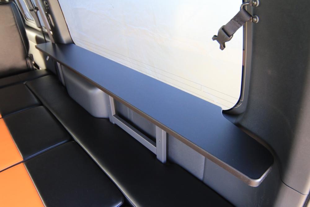 ハイエースベッドキットテーブル
