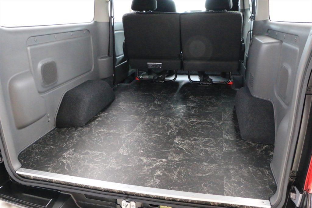 NV350床貼り加工ブリリアントストーン