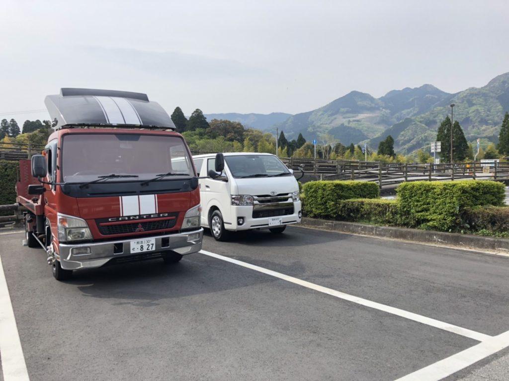 ハイエース コンテナベッド キャンプ車中泊 サーフィントランポ 宮崎